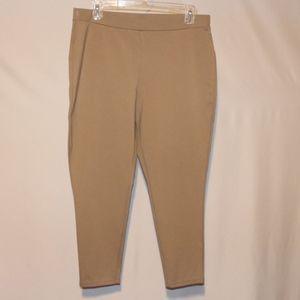 Chico's Crop Capri Tan Pants 12